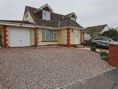Lynbro Road, Barnstaple, EX31 - Patio