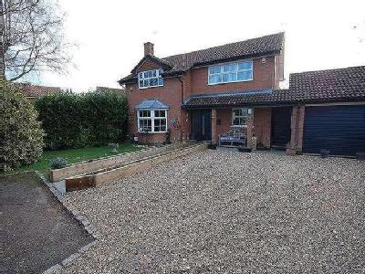 Lowbrook Close, Aylesbury, Buckinghamshire, HP21