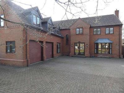 Hatchell Drive, Doncaster, South Yorkshire, DN4