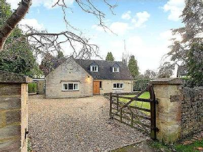 Private Road, Rodborough Common, Stroud, Gloucestershire, GL5