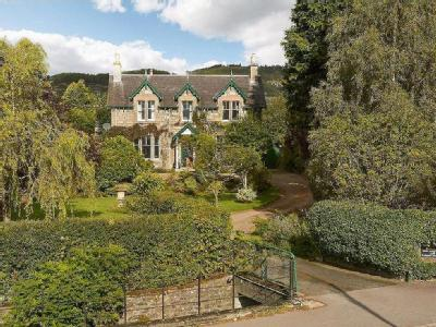 Dail Na Coille, 21 West Moulin Road, Pitlochry, Perthshire, PH16