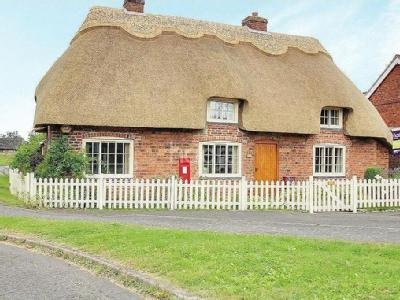 Post Box Cottage, West Rasen, Lincoln, LN8