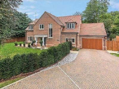 Sharmans Close, Welwyn, Hertfordshire