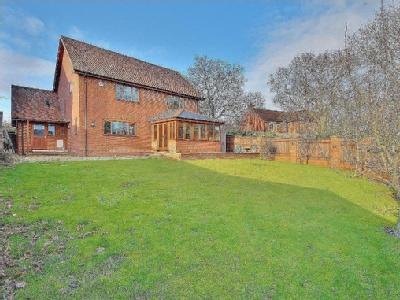 House for sale, West Wellow - Modern