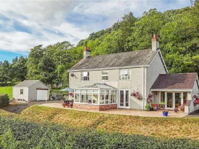 Pwllglas, Ruthin - En Suite, Detached