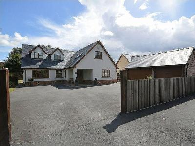 Lower Common, Abergavenny - Detached