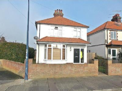 Looe Road, Felixstowe, IP11