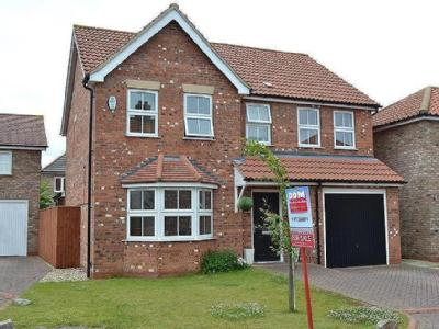Cotswold Close, Cleethorpes, North East Lincolnshire, DN35