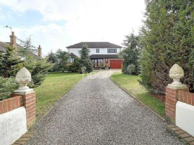 Broadclyst Avenue, Leigh-On-Sea