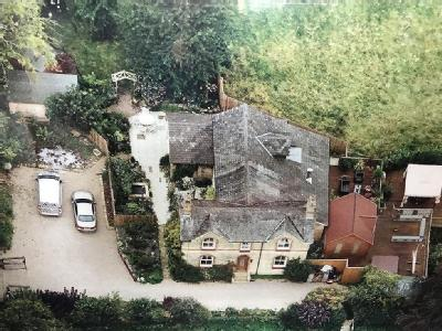Pontfaen, Chirk LL14 - Detached