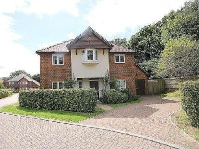 Wintons Close, Burgess Hill, West Sussex