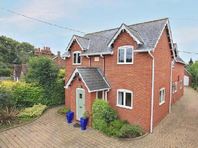 East Bergholt, Colchester, CO7
