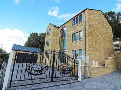 4 Holly Mount, New Mill Road, Holmfirth, HD9