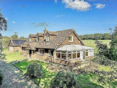 Whipsnade, Bedfordshire - Detached
