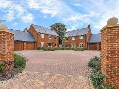 Bell Farm Close, Studham, Dunstable, Bedfordshire
