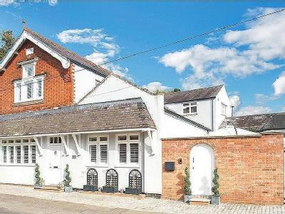 Main Street, Medbourne - Refurbished
