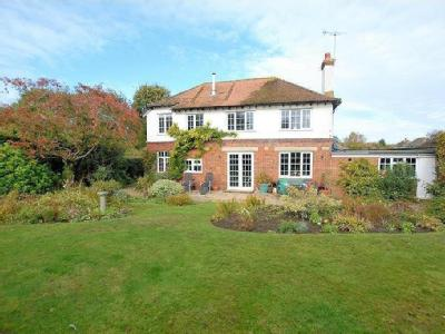 Quarry Road, Hythe, CT21 - Detached