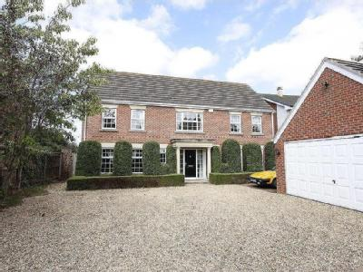 Chapel Street, Haconby - Detached