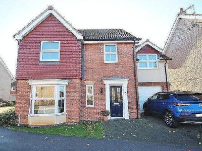 TEALBY CLOSE, IMMINGHAM - Detached