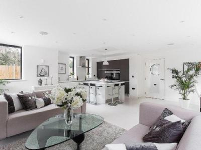 Darcies Mews, Crouch End - Detached