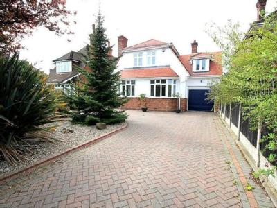 House for sale, Gorleston - Garden