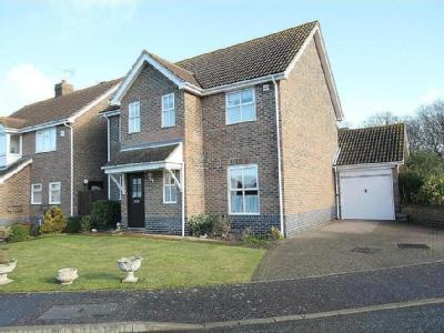 Plover Close, FRIETUNA - Detached