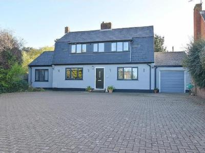 Weybourne Road, Sheringham - Detached