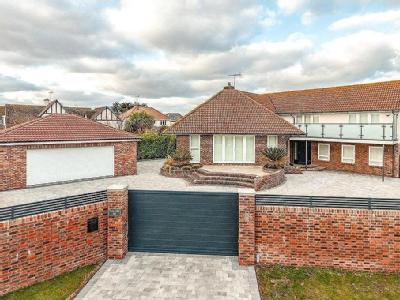 Coastal Road, East Preston, West Sussex, BN16