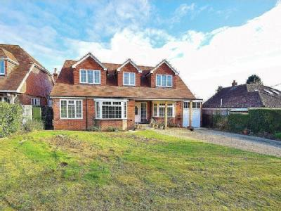 House for sale, Winchester - Detached