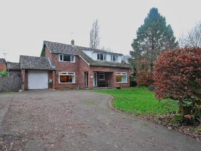 Low Road, Hingham, Norwich - Detached