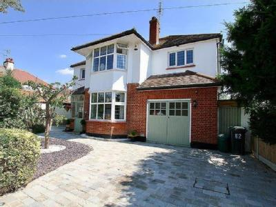 Crescent Road, Leigh-On-Sea - Patio