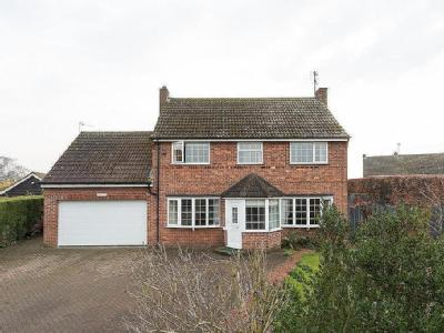 House for sale, Marton - Garden