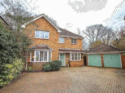 Further Vell-Mead, Church Crookham, Fleet, Hampshire, GU52