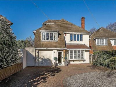 Dove House Lane, Solihull - Detached