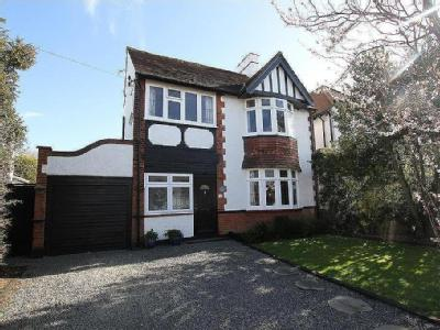 Crescent Road, Leigh-On-Sea - Modern