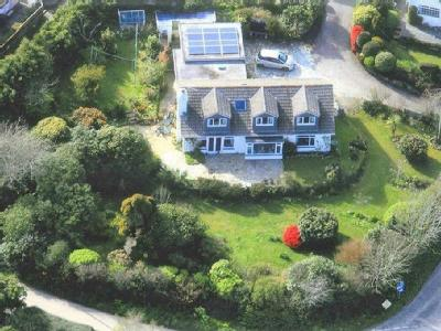 Constantine, Falmouth - Detached