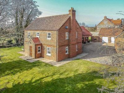 Barn Court, Halls Hill, Goulceby, Louth, LN11