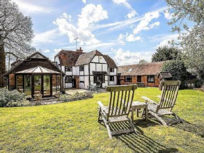 Blounts Court Road, Peppard Common, Henley-On-Thames, Oxfordshire, RG4