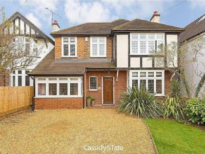 Charmouth Road, St Albans, Hertfordshire