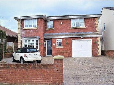 Southport Road, Lydiate - Detached