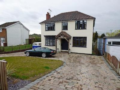 Littleworth Road, Hednesford - Garden