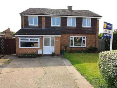 Fields Drive, Aslockton - Detached