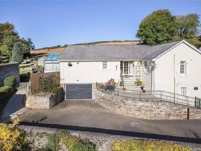 Fine South Pool Kingsbridge Devon Tq7 Home Interior And Landscaping Eliaenasavecom