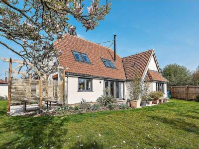 House for sale, Ringstead - Reception