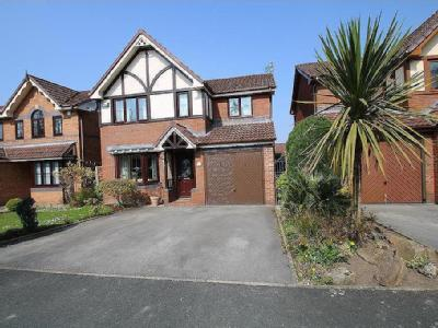 Rayners Close, Stalybridge, Cheshire SK15