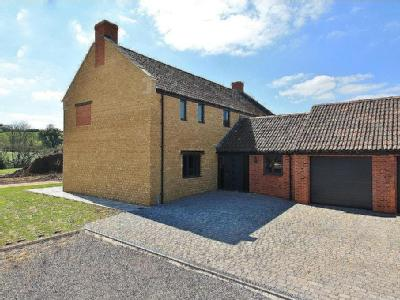 Lower Dairy, Wood Close Lane, Allowenshay, Hinton St George, Som, TA17