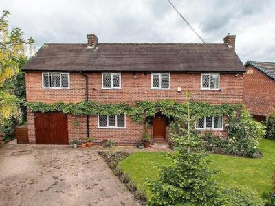 Teesdale Avenue, Davyhulme, Manchester, M41