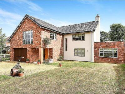 Lark Hill, Moulton, Newmarket, Suffolk, CB8