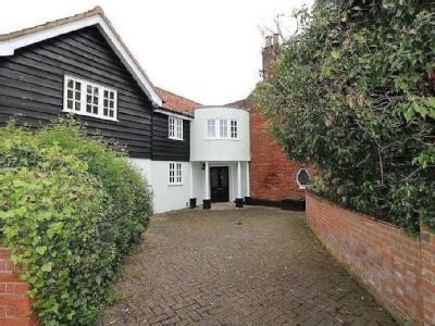 Barnham Broom Road, Wymondham, Norfolk, NR18