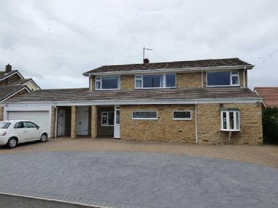 ***REDUCED***Coast Road, Marske By The Sea
